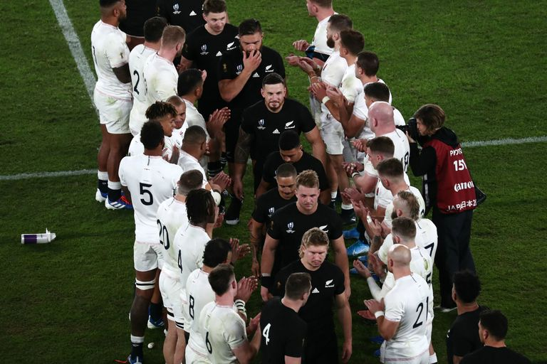 La calle de honor de Inglaterra a los All Blacks en Japón 2019