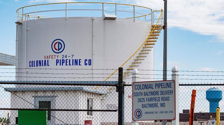 La empresa Colonial Pipeline indicó en un comunicado fue víctima de un ataque de ciberseguridad y desconectó varios sistemas para contener la amenaza
