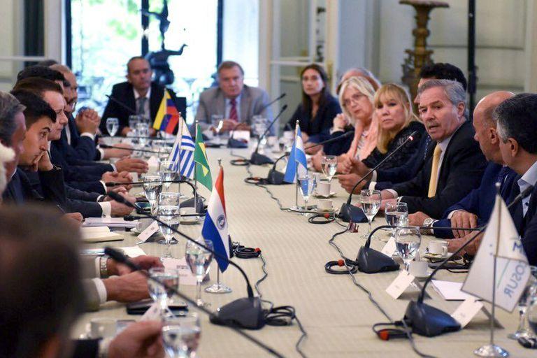 Perú. ¿Fujimori o Castillo? El gobierno argentino se mantiene equidistante