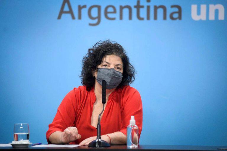 """La ministra de salud, Carla Vizzotti, pidió hoy los distintos actores políticos que """"bajen la tensión y bajen la obsesión que tienen"""" con la vacuna Pfizer contra el coronavirus"""