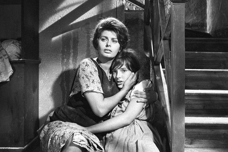 Sophia Loren se convirtió en la primera actriz en ganar el Oscar por una película que no estaba hablada en inglés con Dos mujeres