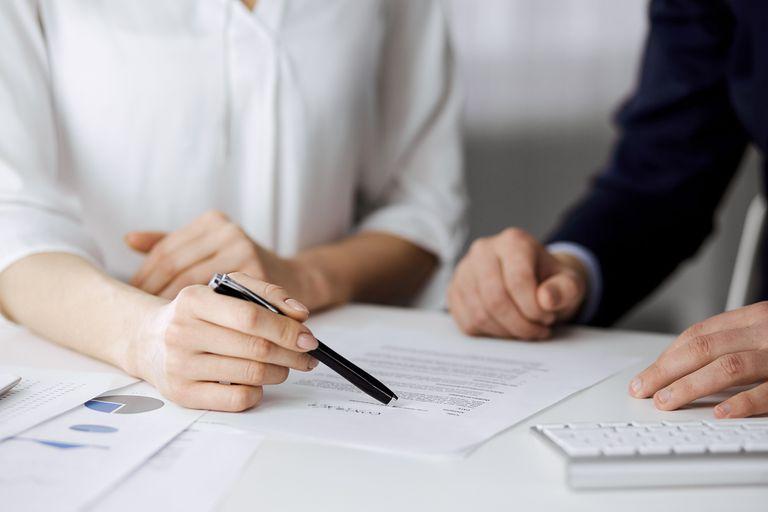 Existen diversos motivos por los cuales los propietarios suelen quedarse con el depósito de garantía de un alquiler de vivienda