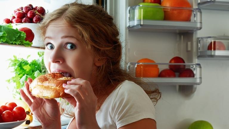 A veces nuestro humor puede hacer que sintamos más o menos hambre o nos acerquemos de una manera diferente al plato