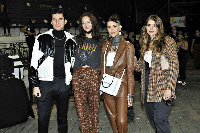 Francisco y Candelaria Tinelli acompañaron a sus hermanas en el Bafweek: Micaela presentó la nueva colección de su marca Ginebra y Juanita participó como modelo de algunas pasadas