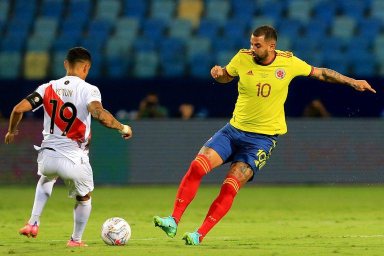 Edwin Cardona, en un partido entre Colombia y Perú por la Copa América