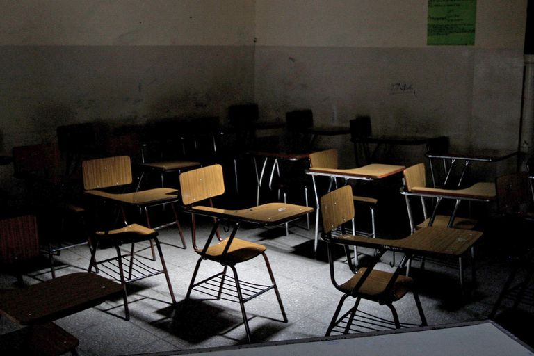 Conflicto docente: evalúan declarar la educación como servicio esencial