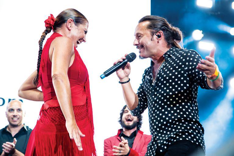 """Sara Baras y Diego Torres, en escena. El gran final fue con """"Color esperanza""""."""