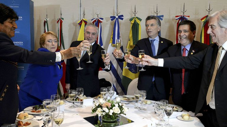Mauricio Macri traspasó la presidencia del bloque a su colega brasileño Michel Temer