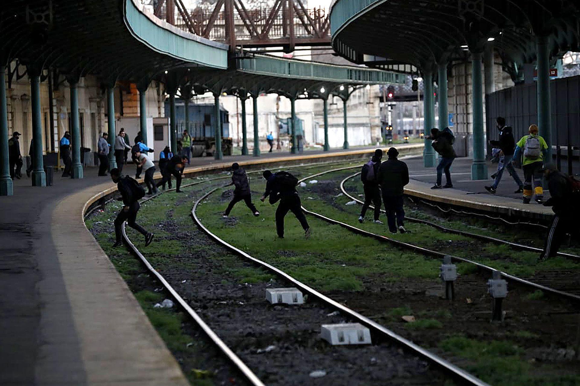 Incidentes con los pasajeros del tren Roca en la Estación Constitución