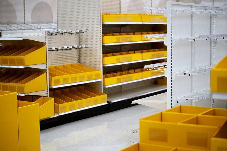 Las góndolas vacías en una tienda Target este mes en Dallas reflejan la falta de preparación que tienen las compañías de todos los rubros ante una crisis