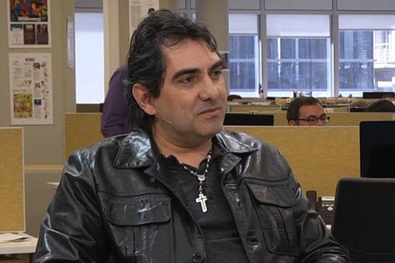 El músico se muda a Uruguay con la familia