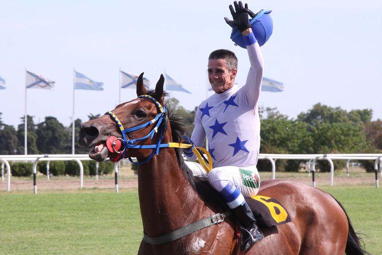 Hope Glory le dio a Jorge Ricardo su victoria número 12.845 y el récord
