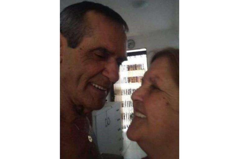 Norberto murió el día en que estaba programado para recibir la primera dosis de la vacuna covid e Irene murió aproximadamente un mes después