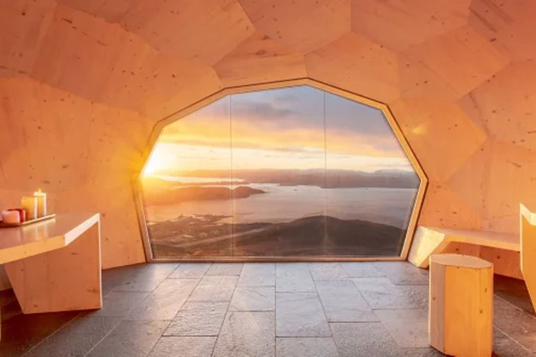 Varden, en la montaña Storfjellet, Noruega. Diseñado por SPINN Arkitekter e ingenieros de formato, 2019