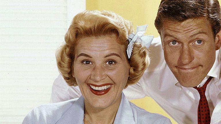 El actor con Rose Marie en El show de Dick Van Dyke