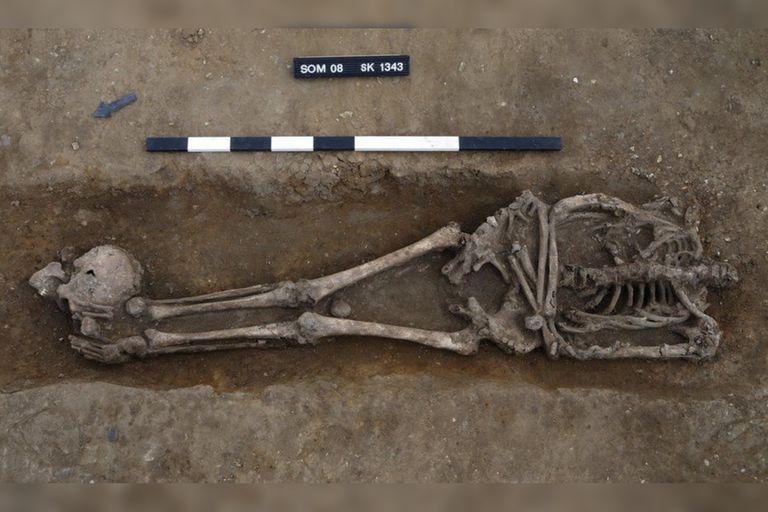 Un equipo de arqueólogos encontró los cuerpos decapitados de varios individuos y consideró que fueron víctimas de las ejecuciones militares romanas
