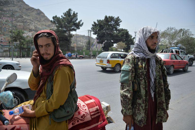 Talibanes en Kabul (HOSHANG HASHIMI / AFP)