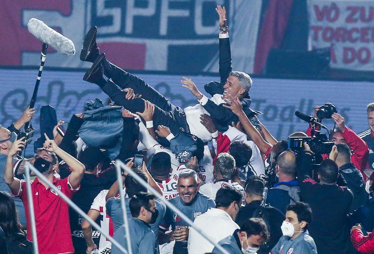 Crespo. La encendida arenga antes de sacar campeón a San Pablo tras casi 9 años
