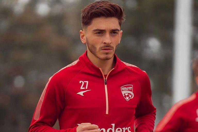 """""""Estoy orgulloso de anunciar que soy gay"""": un jugador reveló su identidad y conmovió al mundo del fútbol"""