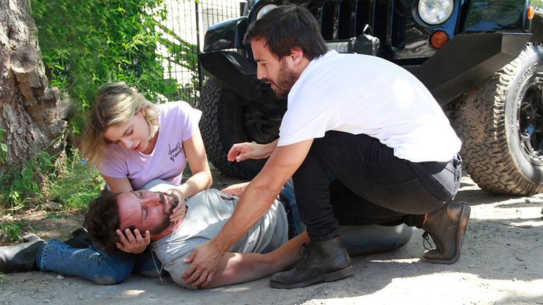 Fede y Miranda intentan asistir a Manuel