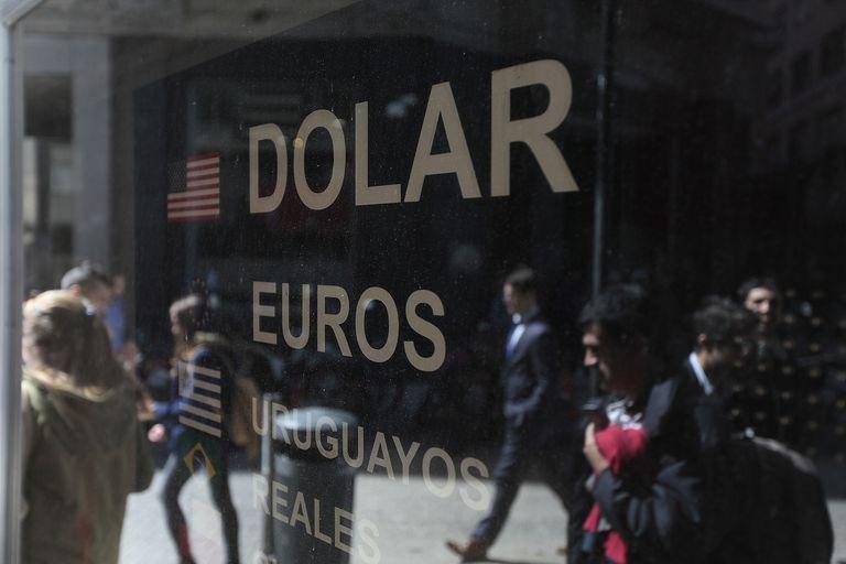Casas de cambio y dolar para ilustrar notas en Lanacion.com Foto: Soledad Aznarez   10_9_15
