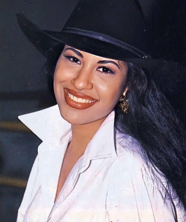 Selena Quintanilla murió en 1995 a manos de la presidenta de su club de fans, Yolanda Zaldívar
