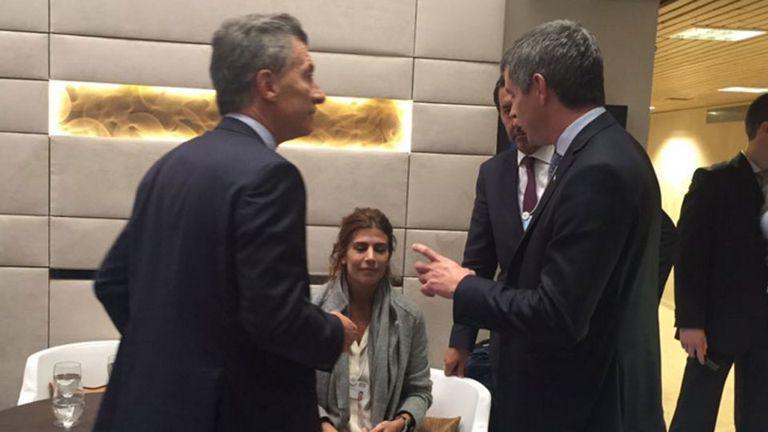 Mauricio Macri, Marcos Peña y Juliana Awada, en el Foro Ecómico de Davos