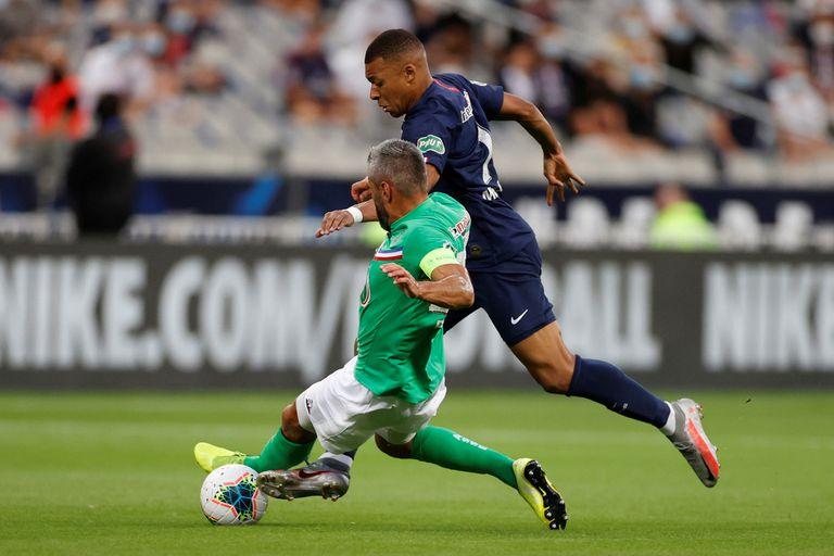 El cruce de Perrin que torcerá el tobillo derecho de Mbappé; PSG debe enfrentarse con Atalanta dentro de 19 días por los cuartos de final de la Champions League.