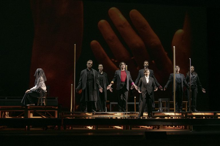 Otra vista de la puesta de Theodora, que se presentará a partir de hoy en el Teatro Colón