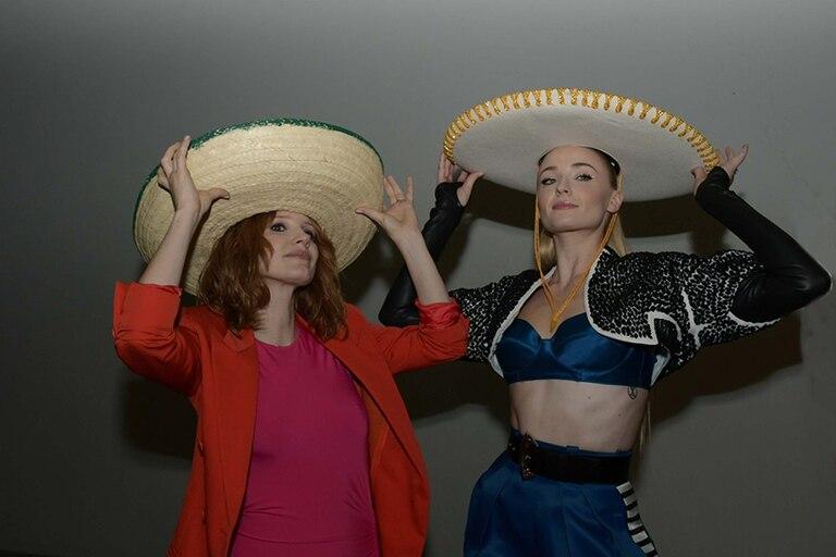 Chastain y Turner, de paso por México