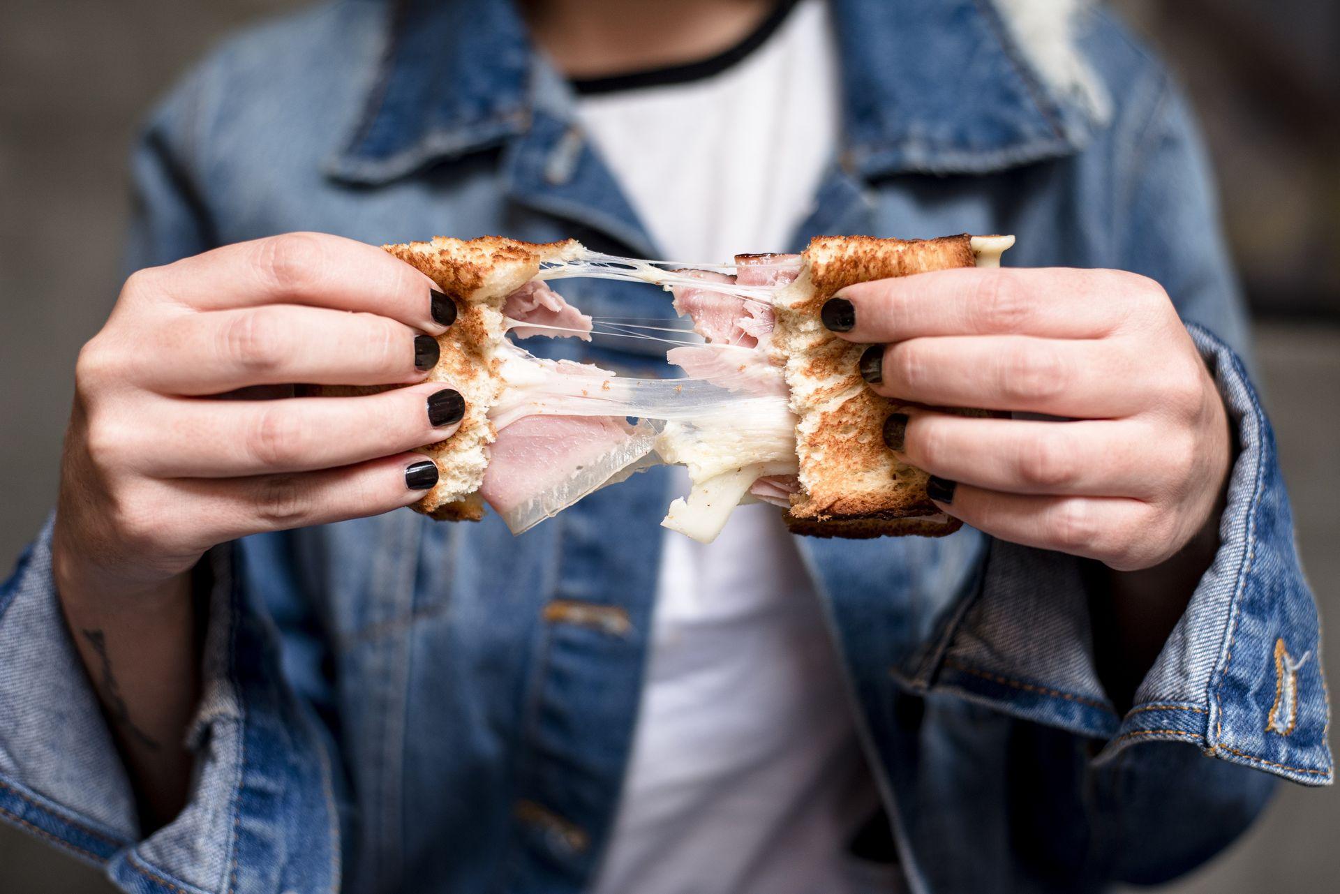 En París Crepas ofrecen versiones de crêpes dulces y saladas, pero también sándwiches de autor.