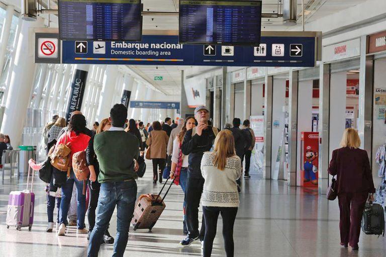 Cambio. Postergan el regreso de los vuelos regionales a Aeroparque