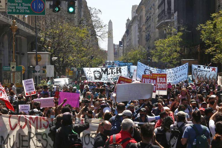 El fin del IFE puso en alerta a los movimientos sociales