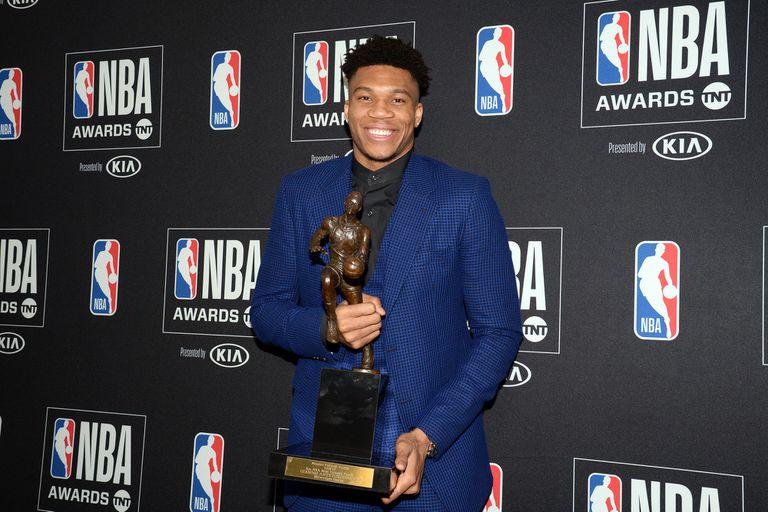 """Europa dominó la NBA: Antetokounmpo fue el """"MVP"""" y Doncic, el rookie del año"""