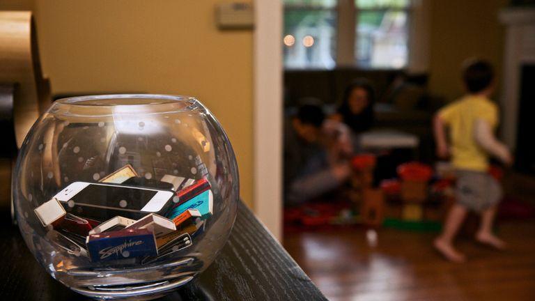 Recipiente para dispositivos digitales: una estrategia para la desconexión