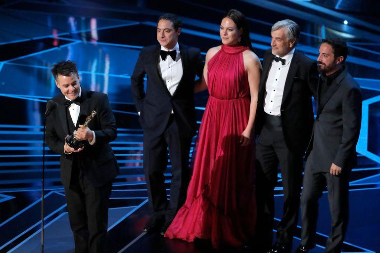 Una mujer fantástica, mejor película extranjera; agradece su director, Sebastián Lelio