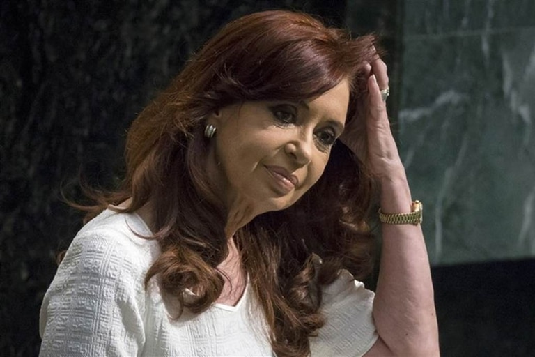 Cristina Kirchner, ante otra acusación por presunta corrupción