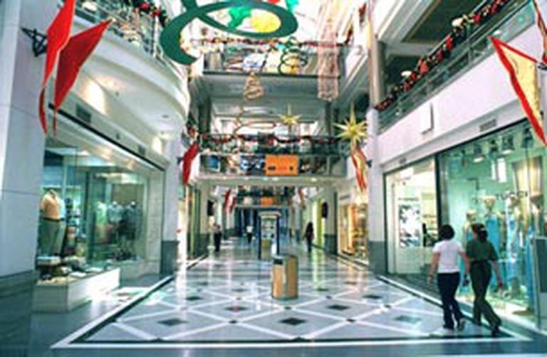 El cierre de los shoppings en Caba por siete meses fue un golpe fuerte para la industria de la indumentaria.
