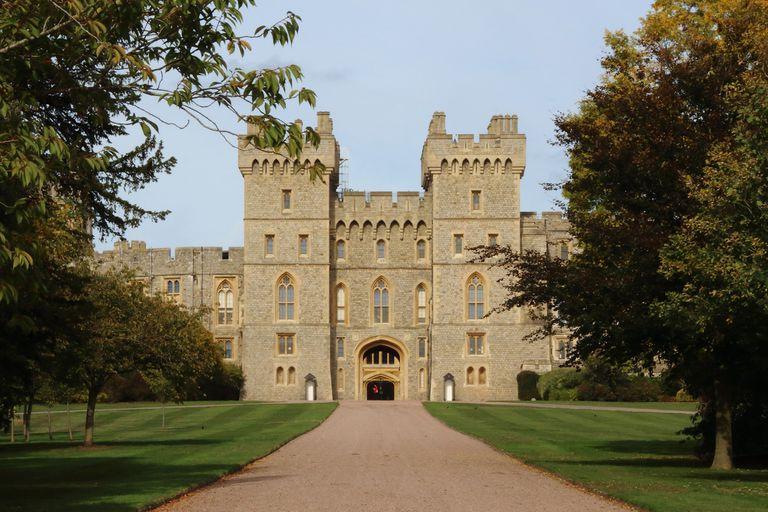 Cinco meses después de la boda de Harry y Meghan, el 19 de mayo ultimo, la Familia Real británica se vuelve a reunir en Windsor para el casamiento de otro de sus miembros mas importantes: la princesa Eugenia de York