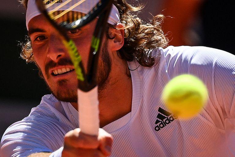La terrible noticia que recibió Tsitsipas, cinco minutos antes de jugar la final de Roland Garros
