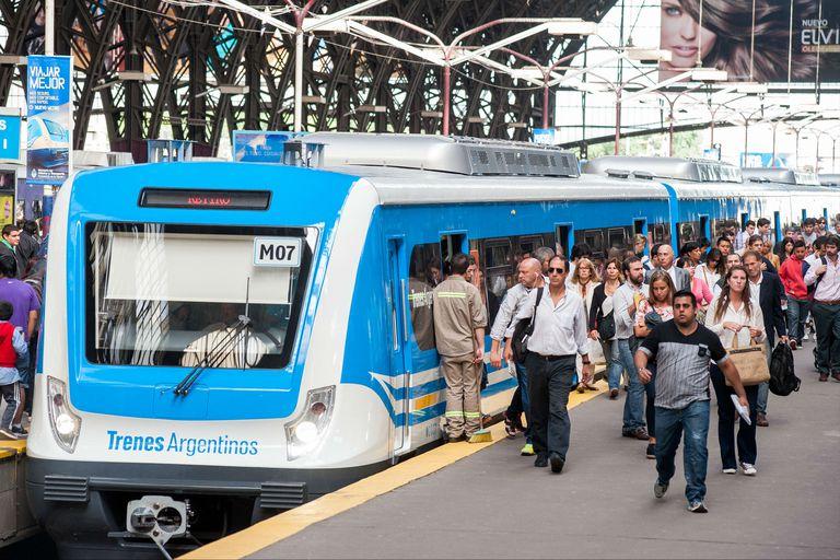 El tren Mitre no saldrá de Retiro