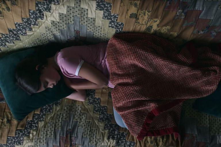 Disomnia: cómo es en la vida real el inquietante trastorno del sueño que muestra la película