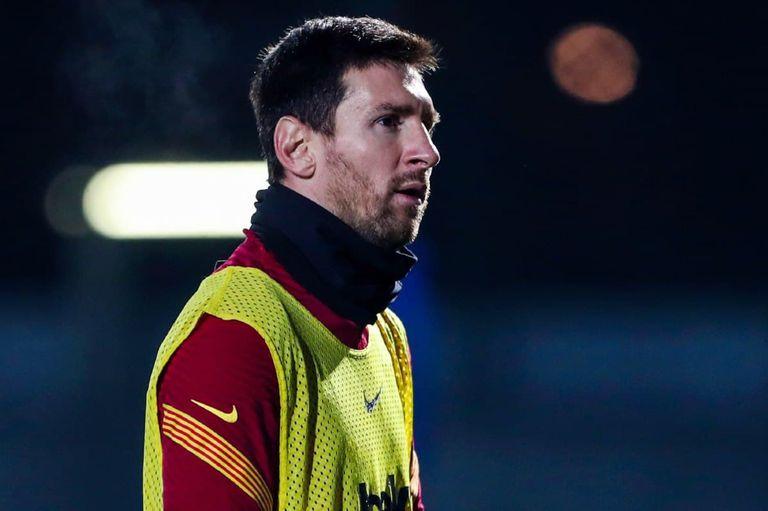 Messi. Vuelve a jugar con Barcelona y un nuevo indicio lo vincula con PSG