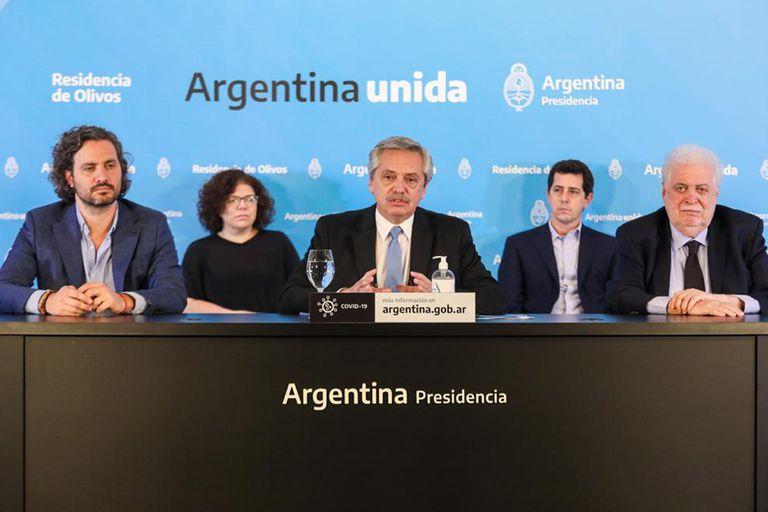 Alberto Fernández durante el anuncio de la extensión de la cuarentena