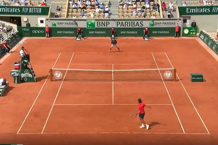 El Mago. Con la varita: la fantástica devolución de Federer en Roland Garros