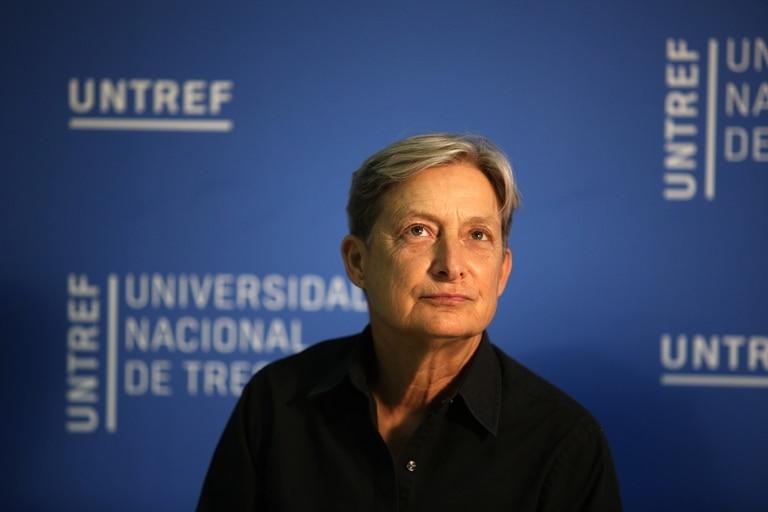 """La pensadora estadounidense está de visita en Buenos Aires; """"todo el mundo observa con atención y aprende del activismo feminista en la Argentina. Es muy inspirador"""", dijo"""