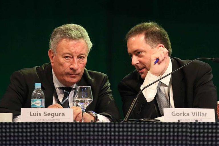 Gorka Villar con Luis Segura en las últimas elecciones de Conmebol