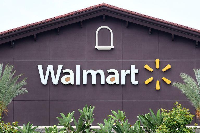 En California: al menos dos muertos por un tiroteo en un centro Walmart
