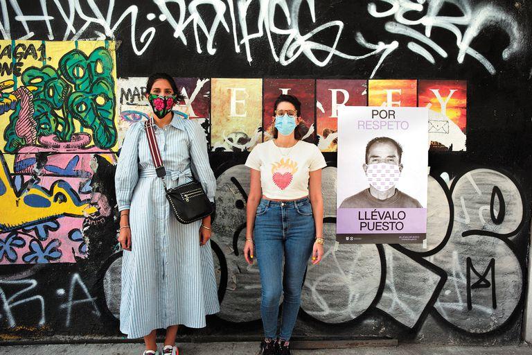 EN Ciudad de México el aislamiento nunca fue obligatorio y el gobierno lanzó una campaña muy fuerte en las calles que apunta a la distancia y el uso de tapabocas.