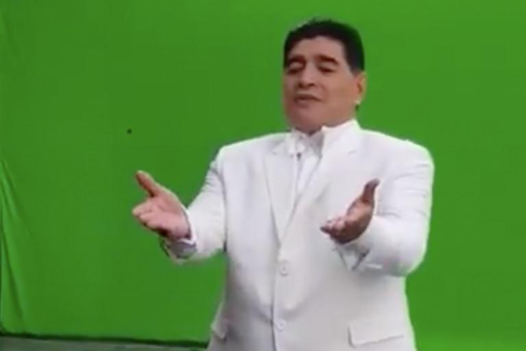 El backstage de un comercial que filmó Diego Maradona para la televisión mexicana